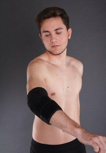 Поддерживающий бандаж на локтевой сустав